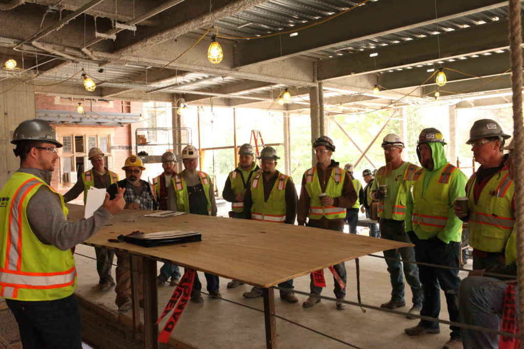 Mid-City recognizes three job sites during 2017 May Safety Month